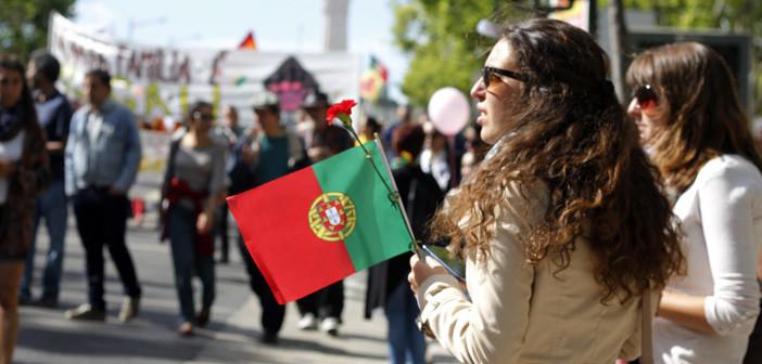 portugal_em_abril_lisboa_revolucaodoscravos-702x336